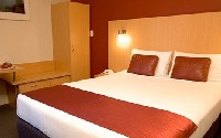 3.5* Hotel Ibis World Square