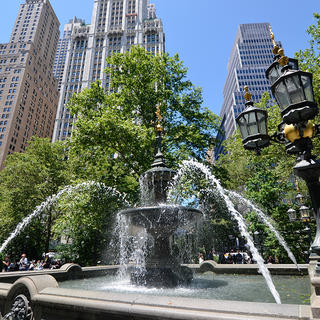 New York fountain
